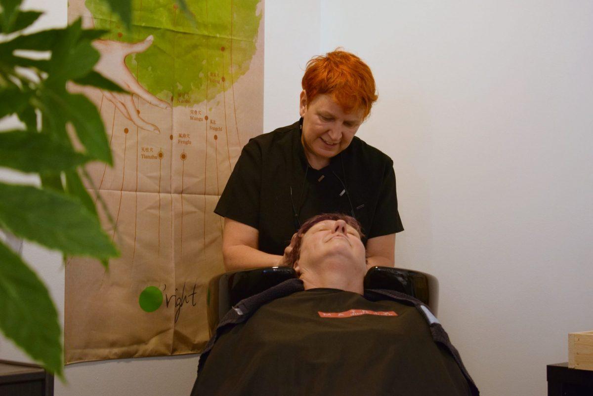 Christel - Salon Maryvonne en Chris Natuurlijk - kapsalon Dordrecht - indebuurt.nl