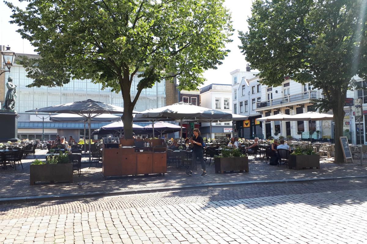 Gevolgen hitte en droogte in Dordrecht - Halflege terrassen - indebuurt Dordrecht