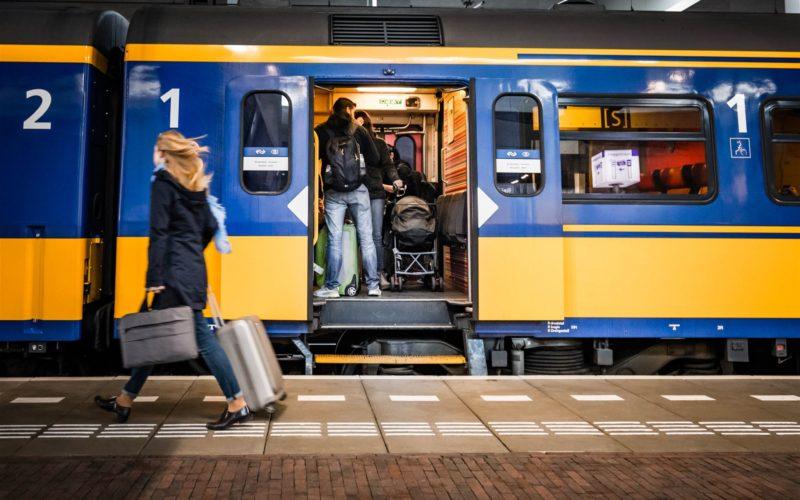 Treinkaartje aanbieding Albert Heijn NS AH - indebuurt Dordrecht