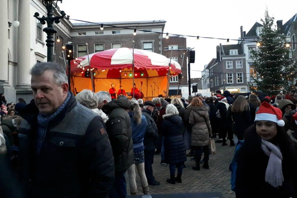 Kerstmarkt Dordrecht 2018 - Stadhuisplein - indebuurt Dordrecht