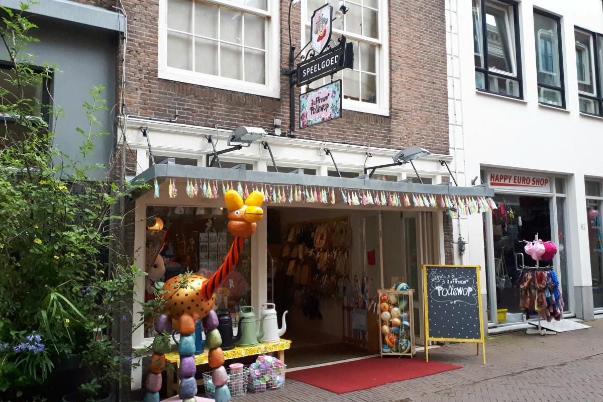 Juffrouw Pollewop Frits Vriesestraat - indebuurt Dordrecht