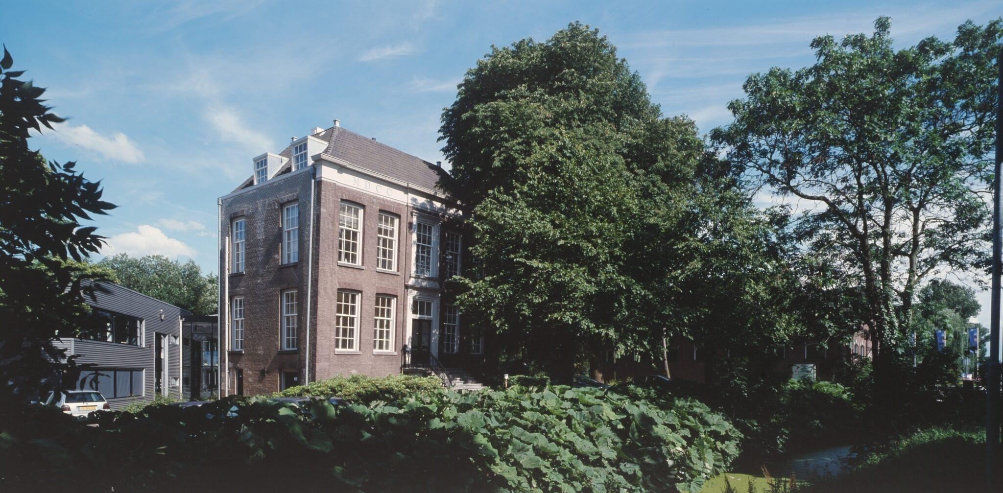 Villa Weizigt aan het Van Baerleplantsoen.