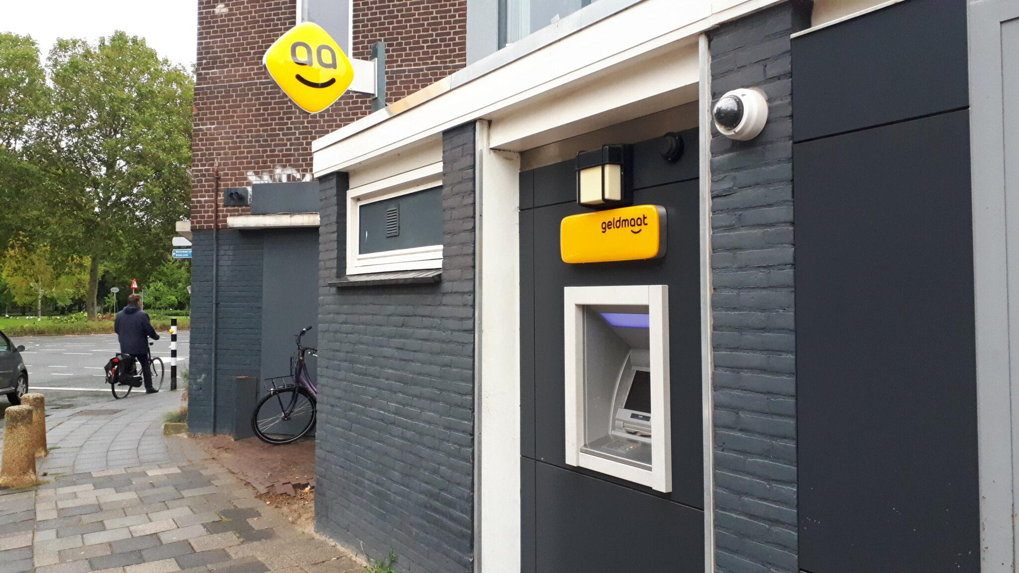 Geldautomaat geldmaat pinnen Dordrecht