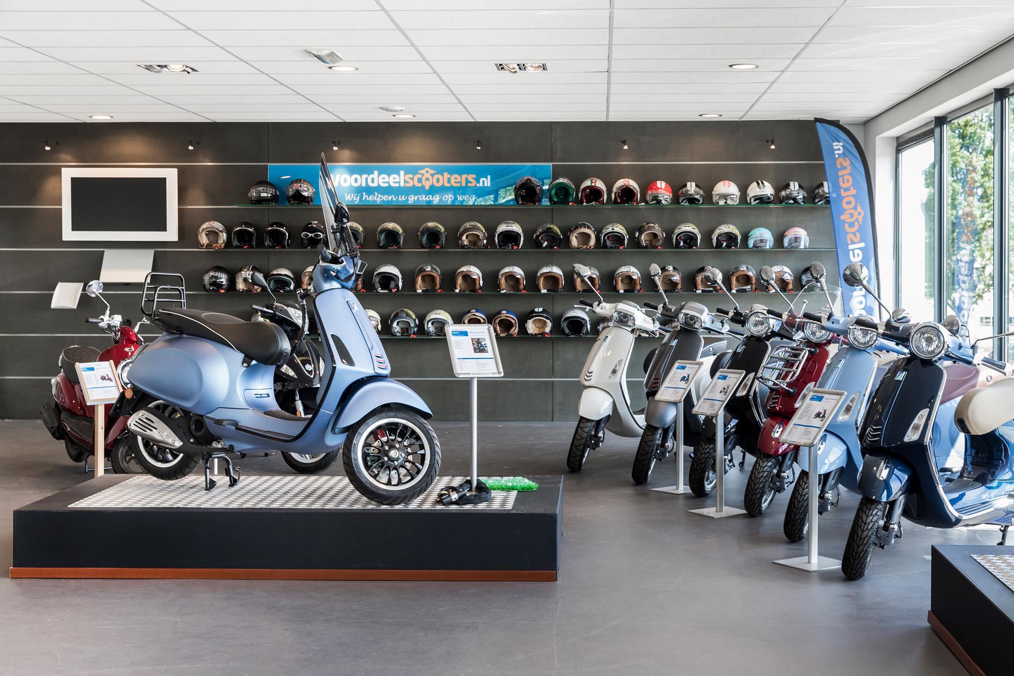 Voordeelscooters.nl scooters winkel - indebuurt Dordrecht.JPG