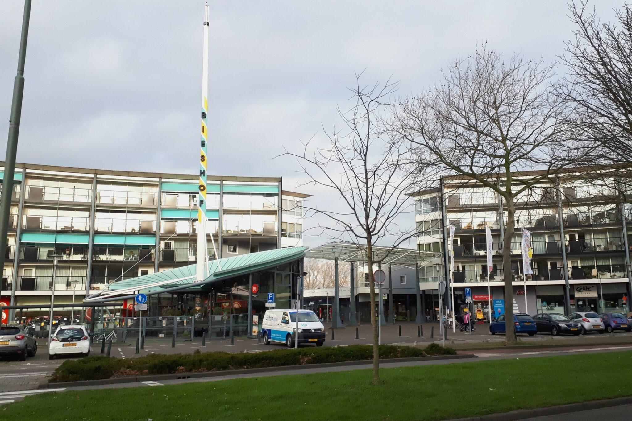 Winkelcentrum De Bieshof Van Eesterenplein - indebuurt Dordrecht