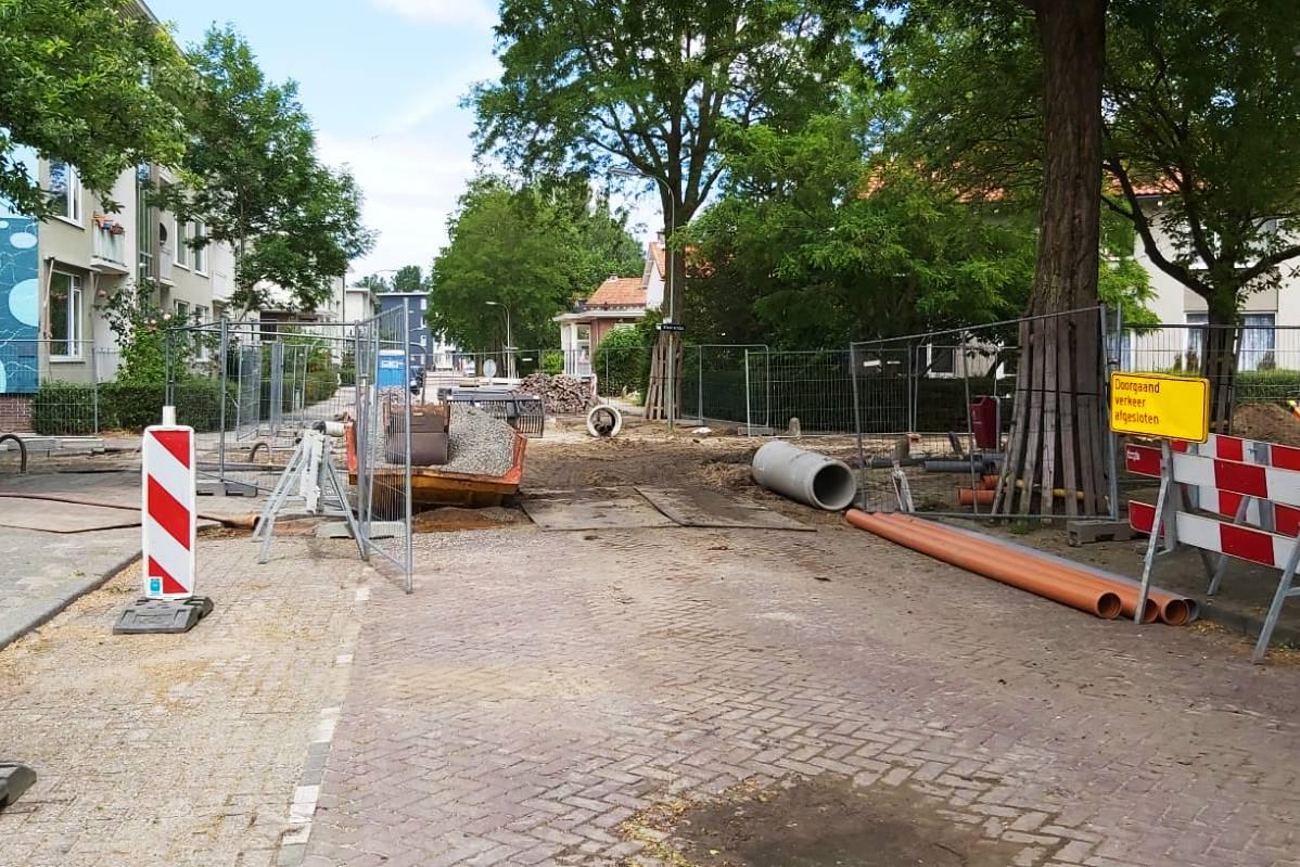 Wegwerkzaamheden Aalscholverstraat Het Reeland wegversperring werkzaamheden verkeer