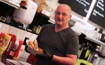 Edwin Bleeker Heerlijk Tosti- en smoothiebar Dordrecht op de Voorstraat