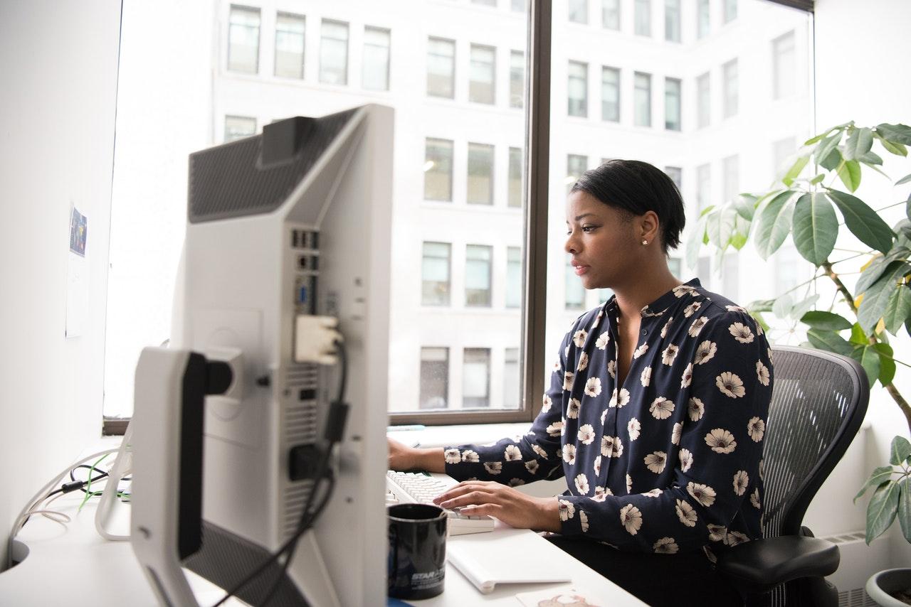 Kantoor computer vrouw vacature Dordrecht