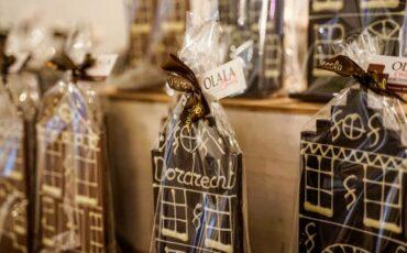 Olala Chocola chocolatier chocoladewinkel Dordrecht Voorstraat-Noord chocoladehuisjes