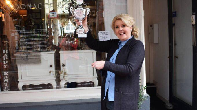 StoerSpul Favoriete ndernemer van het jaar indebuurt 2021 Joyce van der Pluijm winnaar