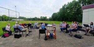 Drechtstad Muziekvereniging repetitie buiten