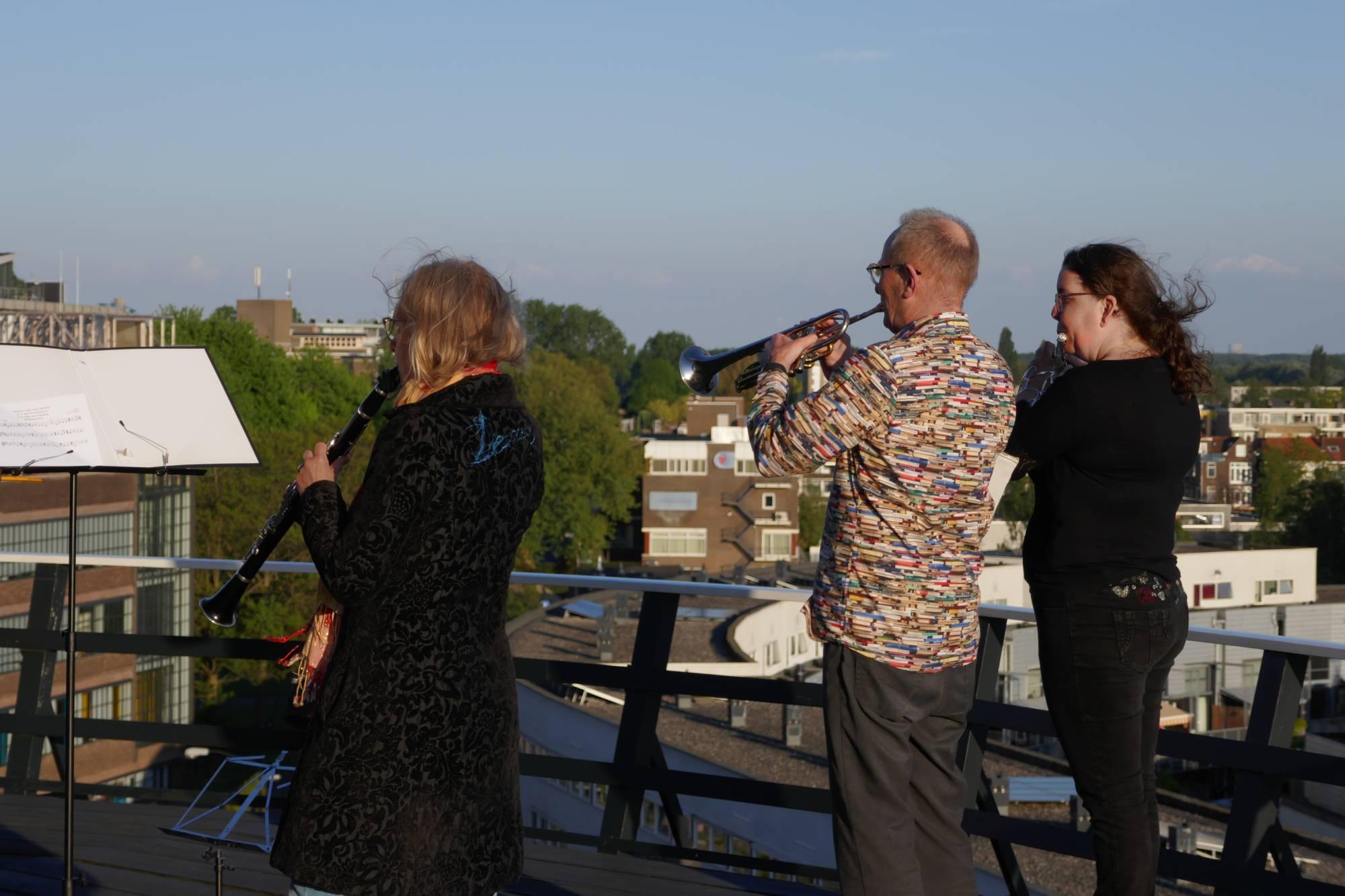 Drechtstad Muziekvereniging taptoe 4 mei 2020 molen Kyck over den Dyck