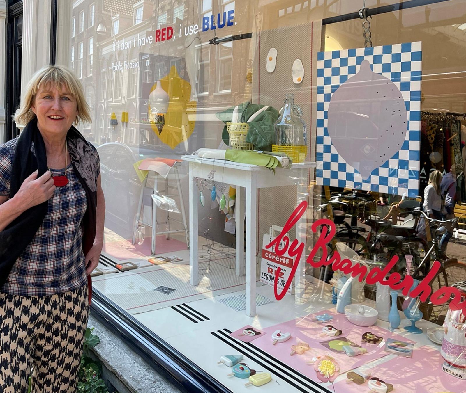 ByBranderhorst etalage winkel Voorstraat-Noord binnenkijken Dordrecht concept store cadeautjes