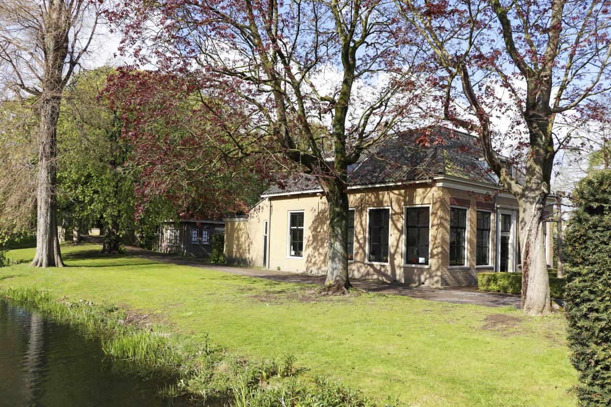 Villa TrösT Drechtsteden Dordrecht rouwverwerking inloopspreekuur Dubbeldamseweg Zuid De Essenhof