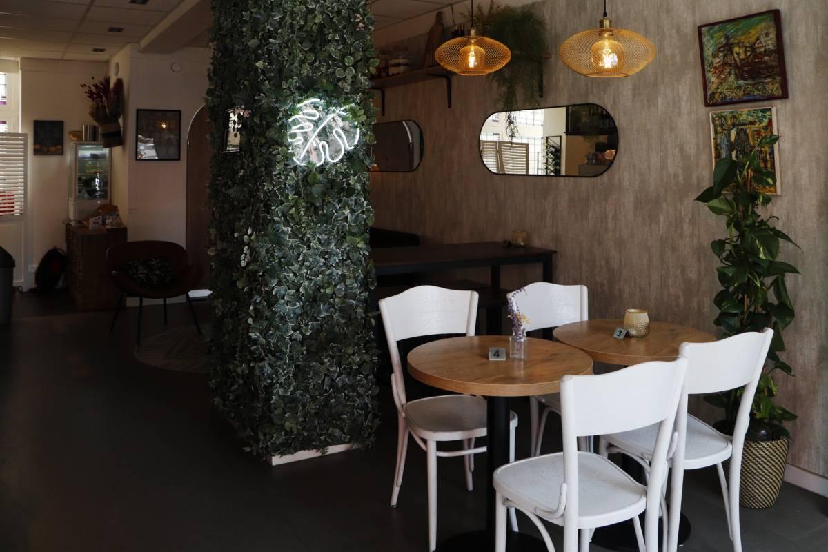 Pimento Tapas Bar Voorstraat Jamaicaans Spaans eten restaurant binnen