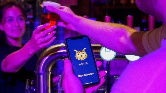 Nocto app gratis stoplicht horeca restaurants bar kroeg drukte