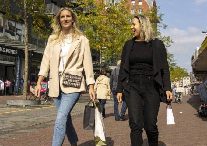 Dordrecht Pakt Uit winkelevenement acties aanbiedingen workshops