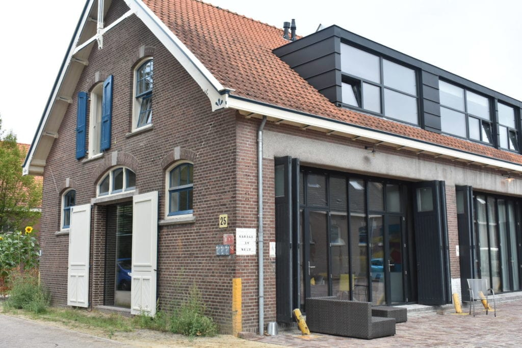 Zijkant huis Thijs en Gijs