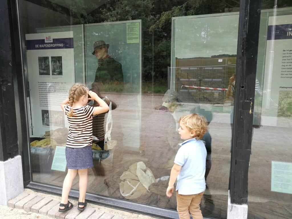 Kinderen bij Platform Militaire Historie Ede