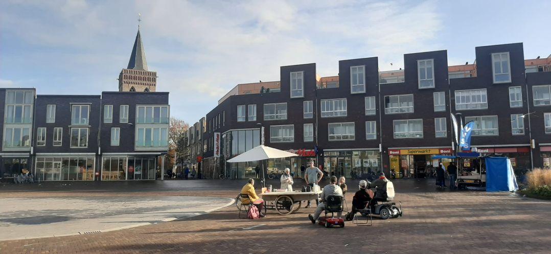 De Rijdende Koffietafel op de Markt in Ede