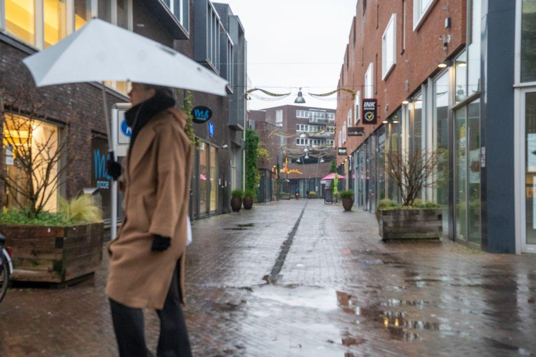 Doelenstraat centrum regen
