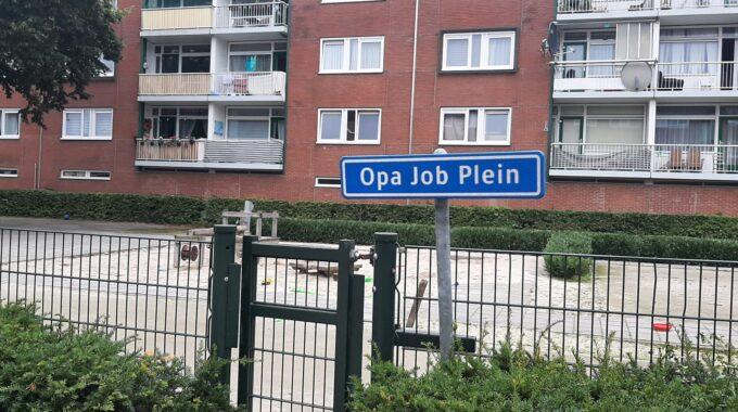 Het Opa Job Plein aan de Vanenburg