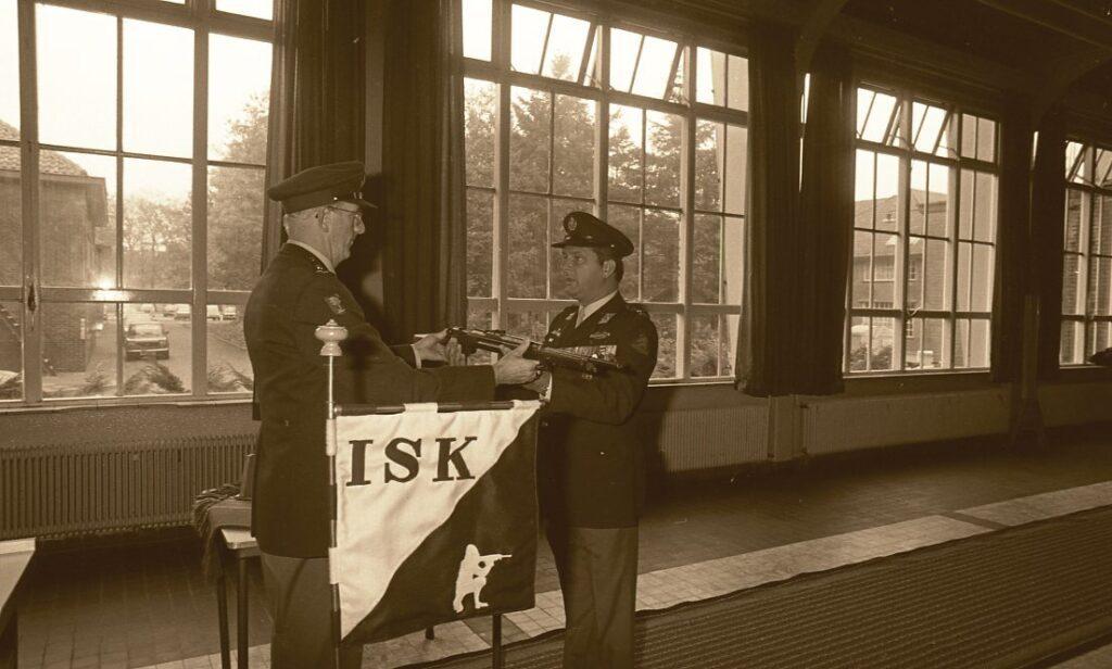 Commando overdracht ceremonie