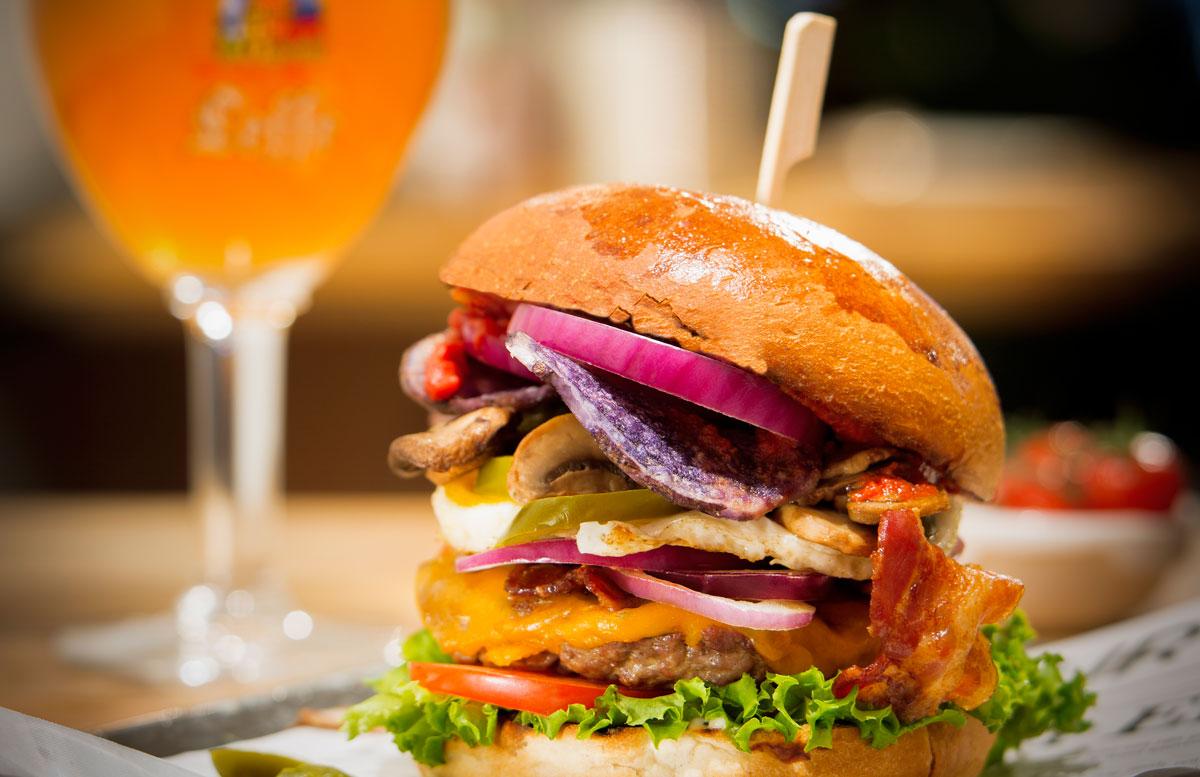 Hamburger goedkoop eten in Eindhoven