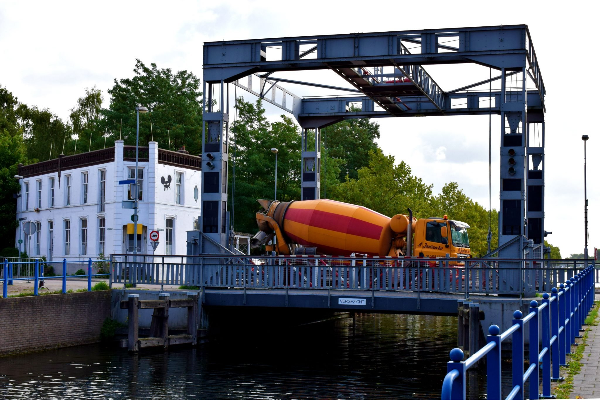 Eindhovens kanaal nieuwbouw