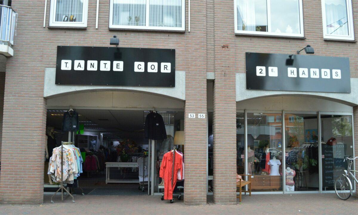 Tante Cor _ tweedehands kledingwinkel Enschede