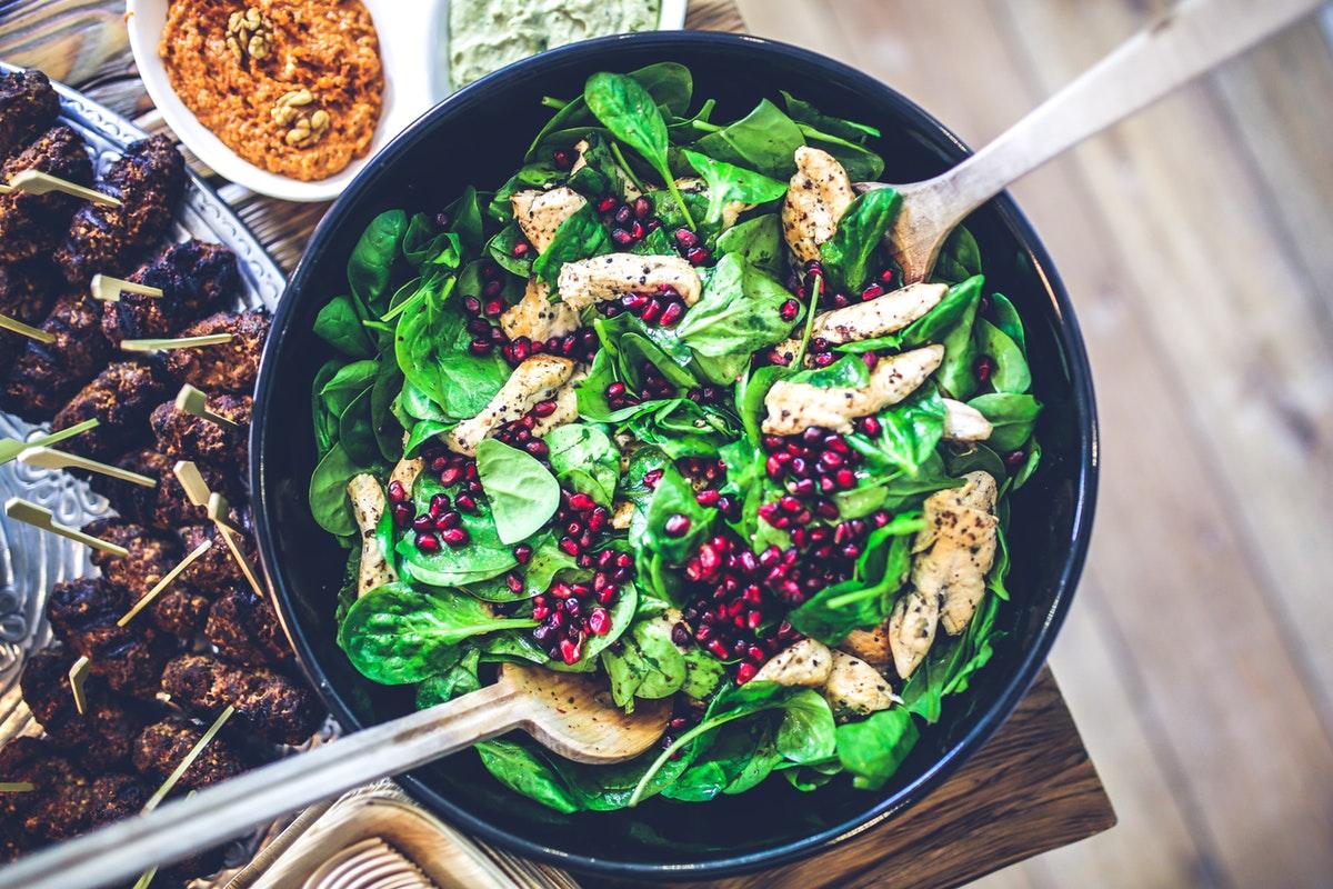 salade eten goedkoop