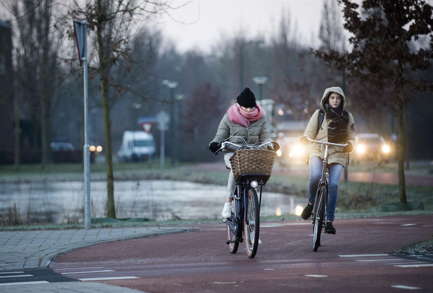 Gladheid sneeuw fietsen ANP
