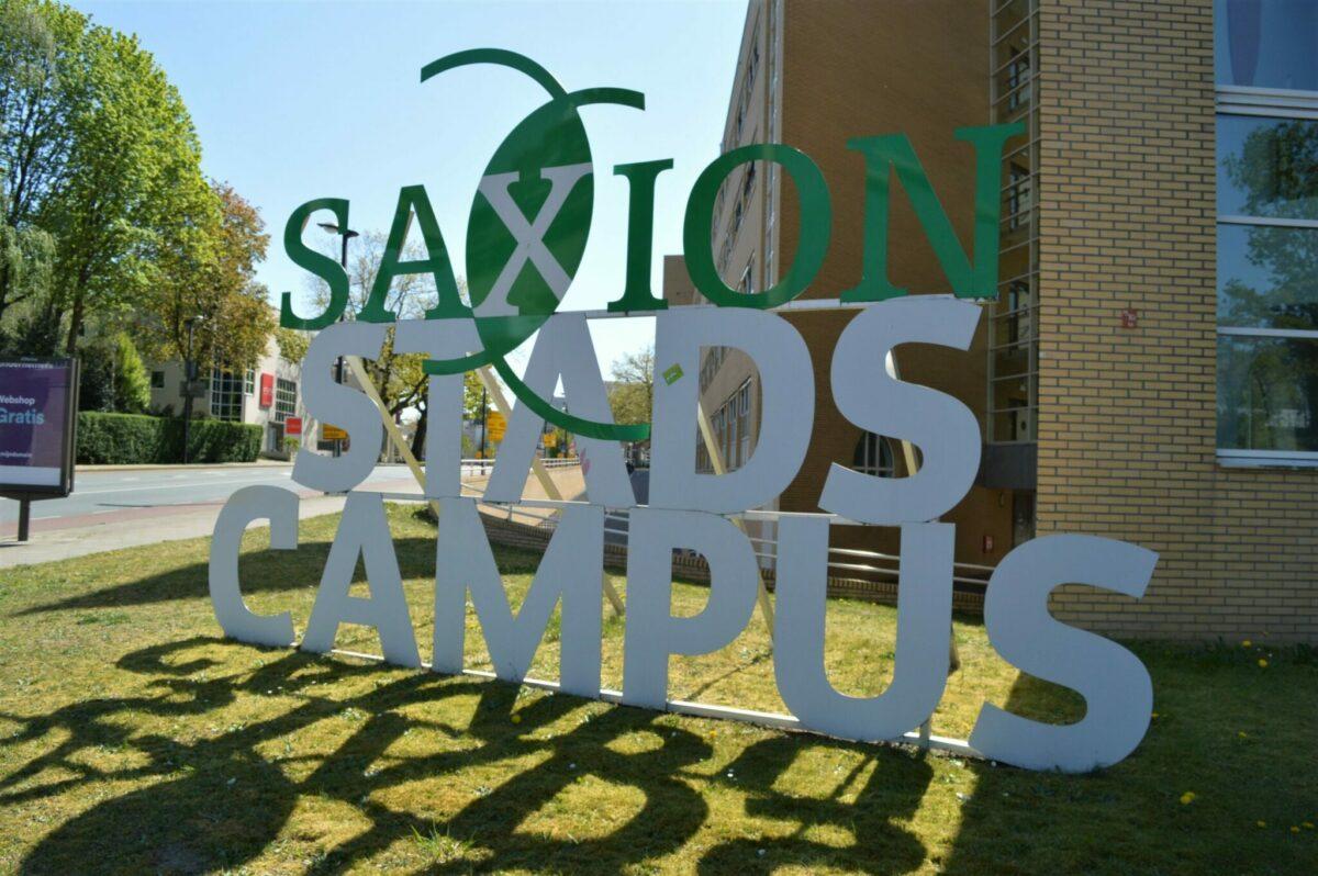 Saxion 1