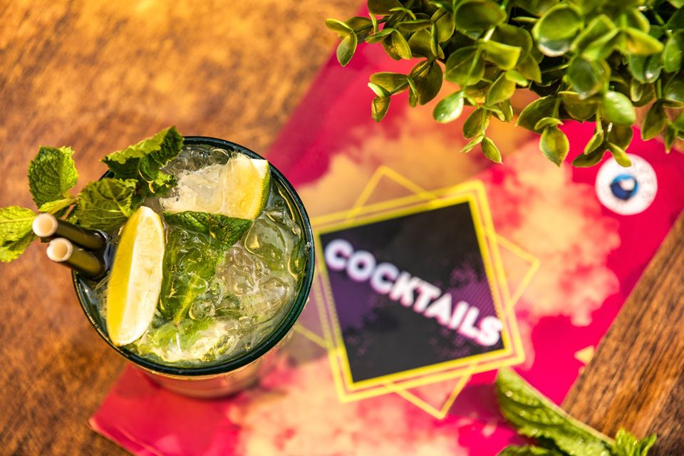 cocktails aspen valley