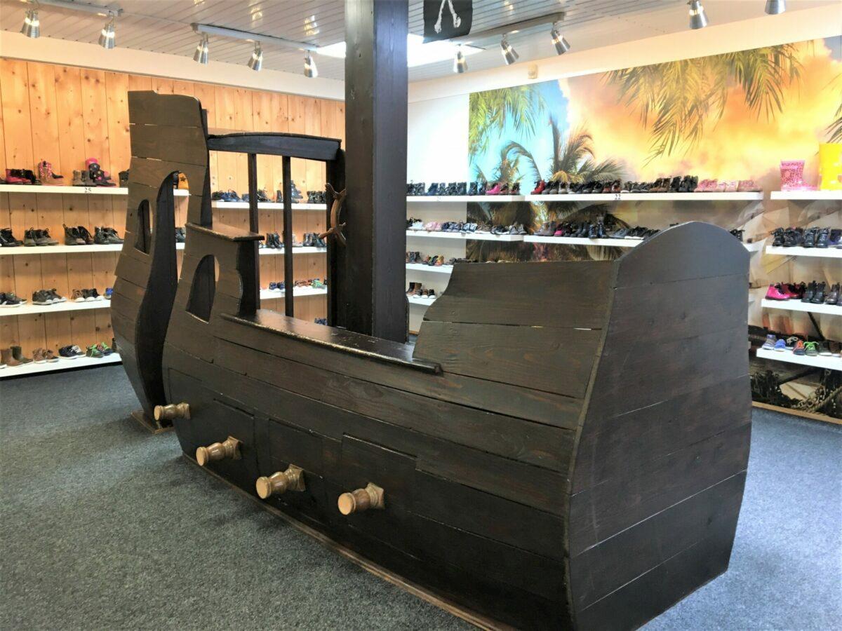 piratenboot flip schoenmode