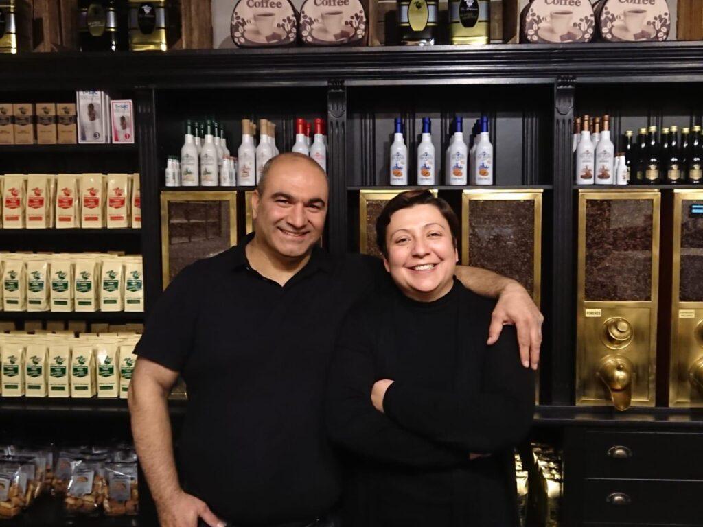 Hakim en Belgin Demir van Mezze Delicatessen