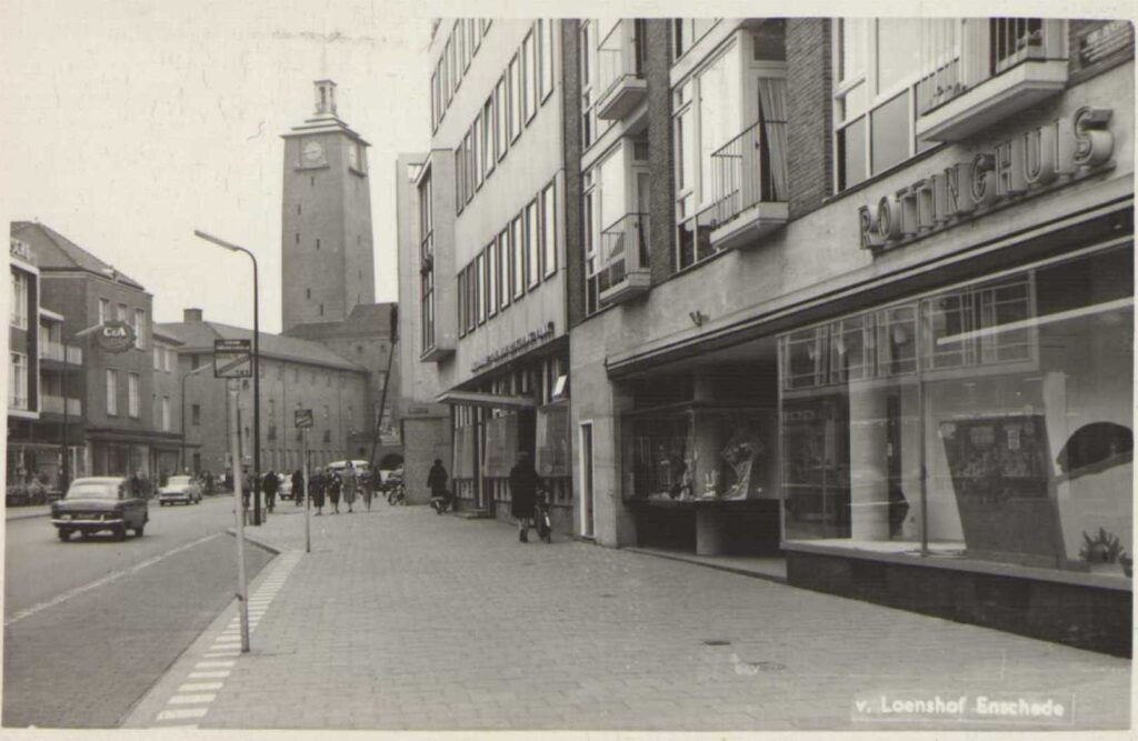 Van-loenshof-1961
