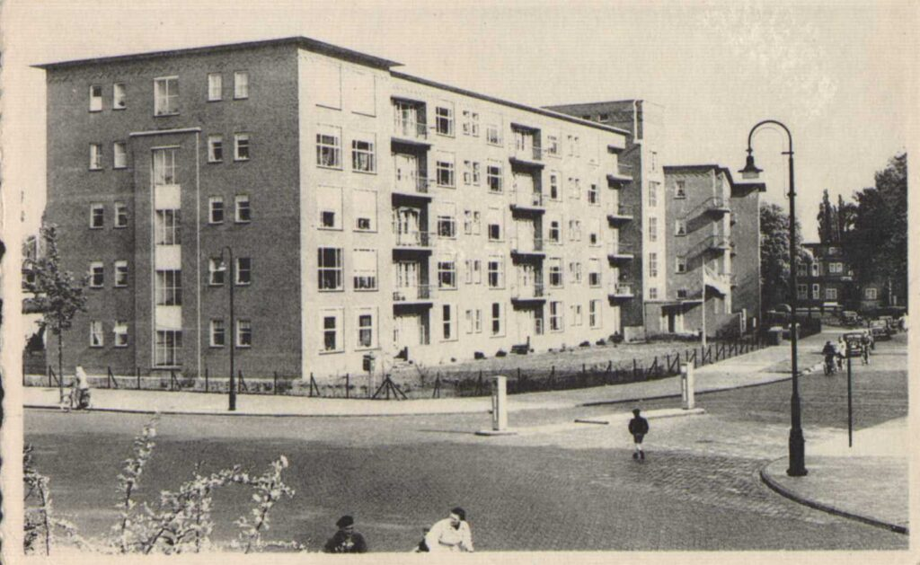 Wilheminaflat-1954