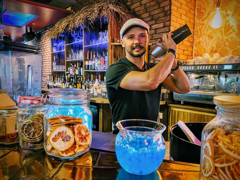 barman Mario van The Foodclub-2