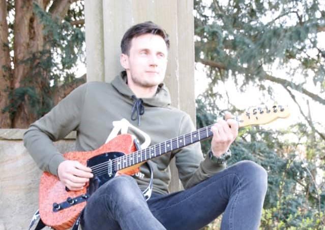 viktor gitaar