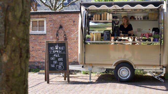 Foodtruck Nes71 in het Zaanenpark