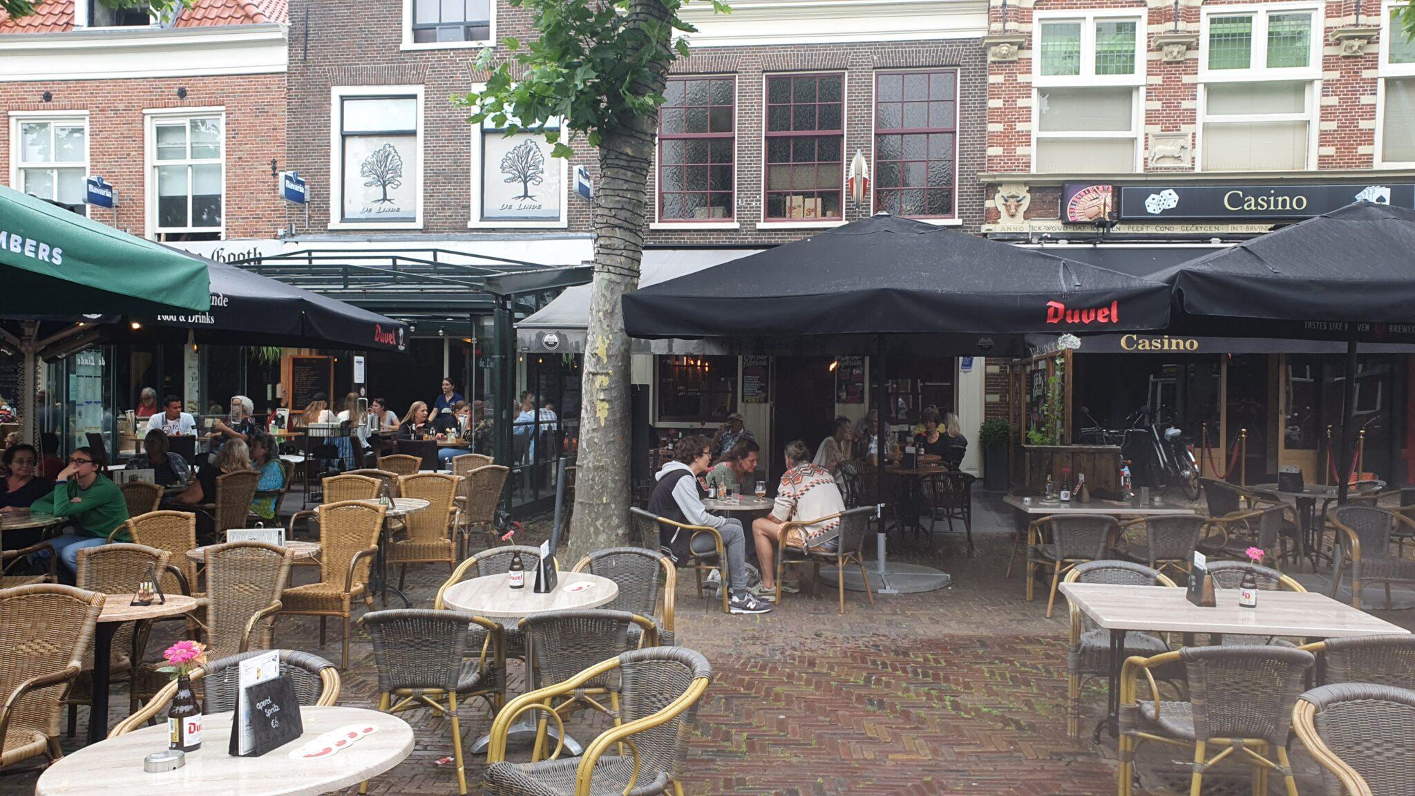 Overdekt terras overdekte terrassen Haarlem Café Marktzicht en De Linde