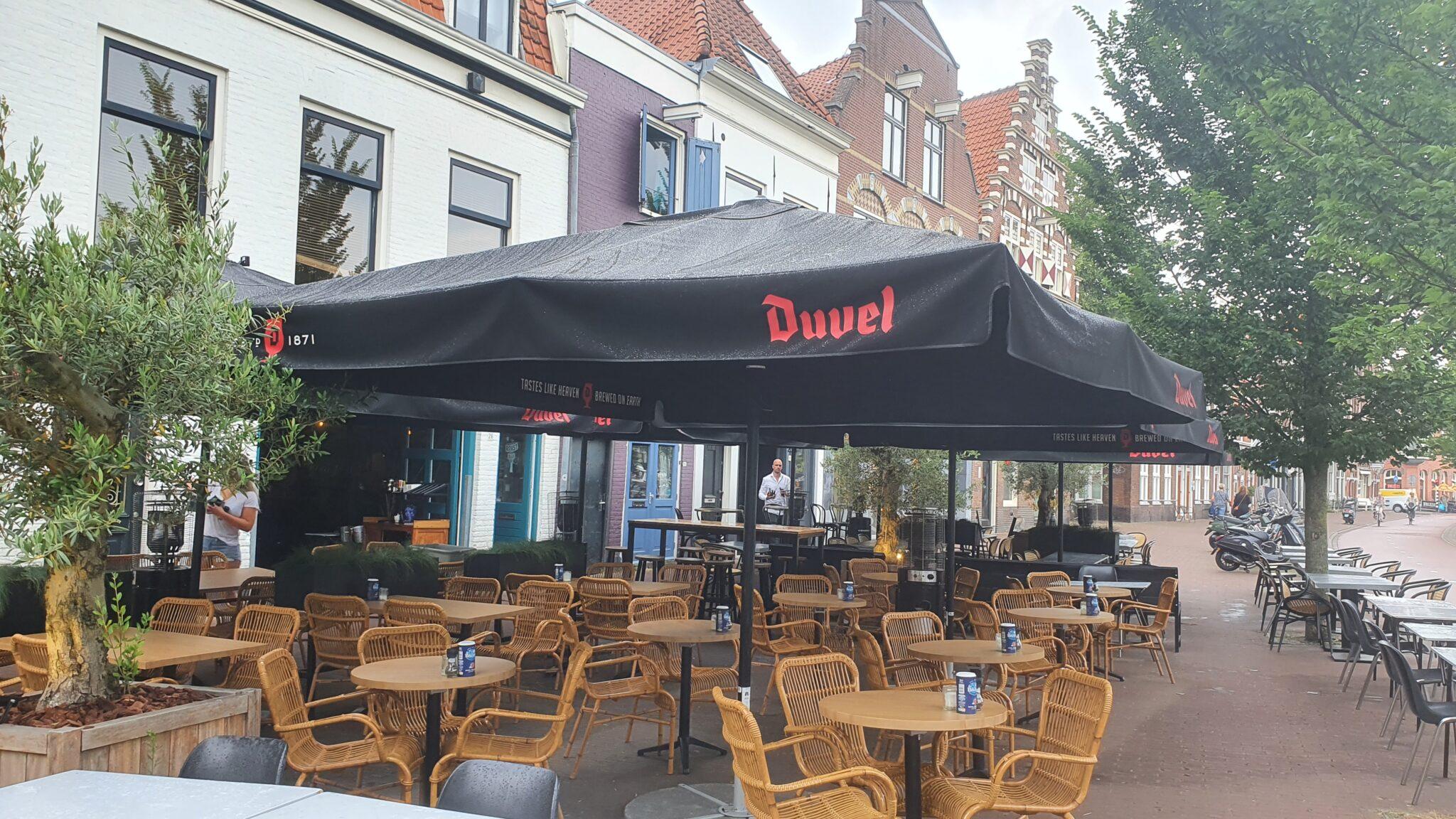 Overdekt terras overdekte terrassen Haarlem Fishbar Monk en Roast Bistro