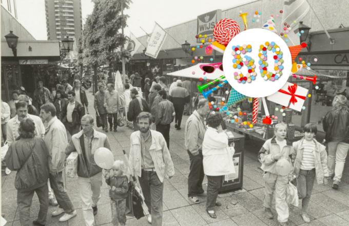 Centrum Schalkwijk in 1990 | foto: Noord-Hollands Archief