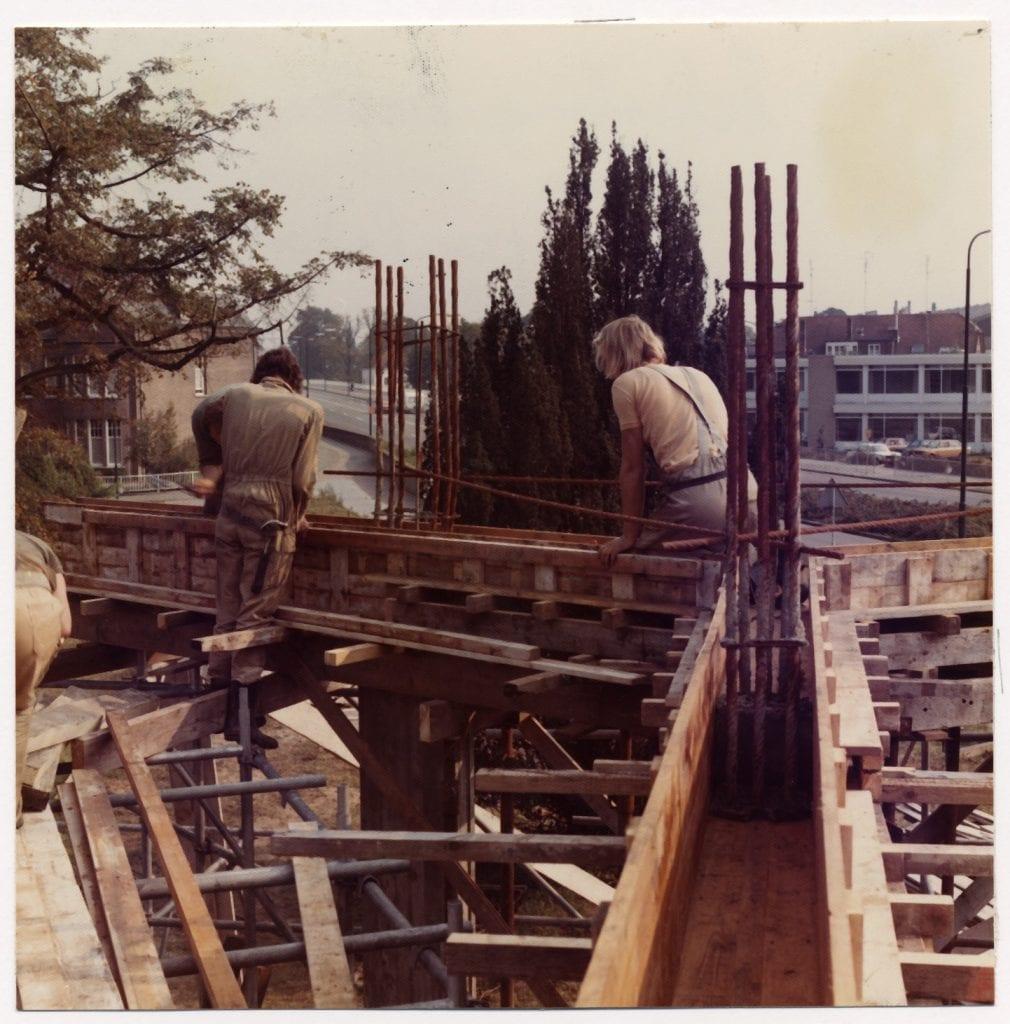 0107535-bouw-kubuswoningen