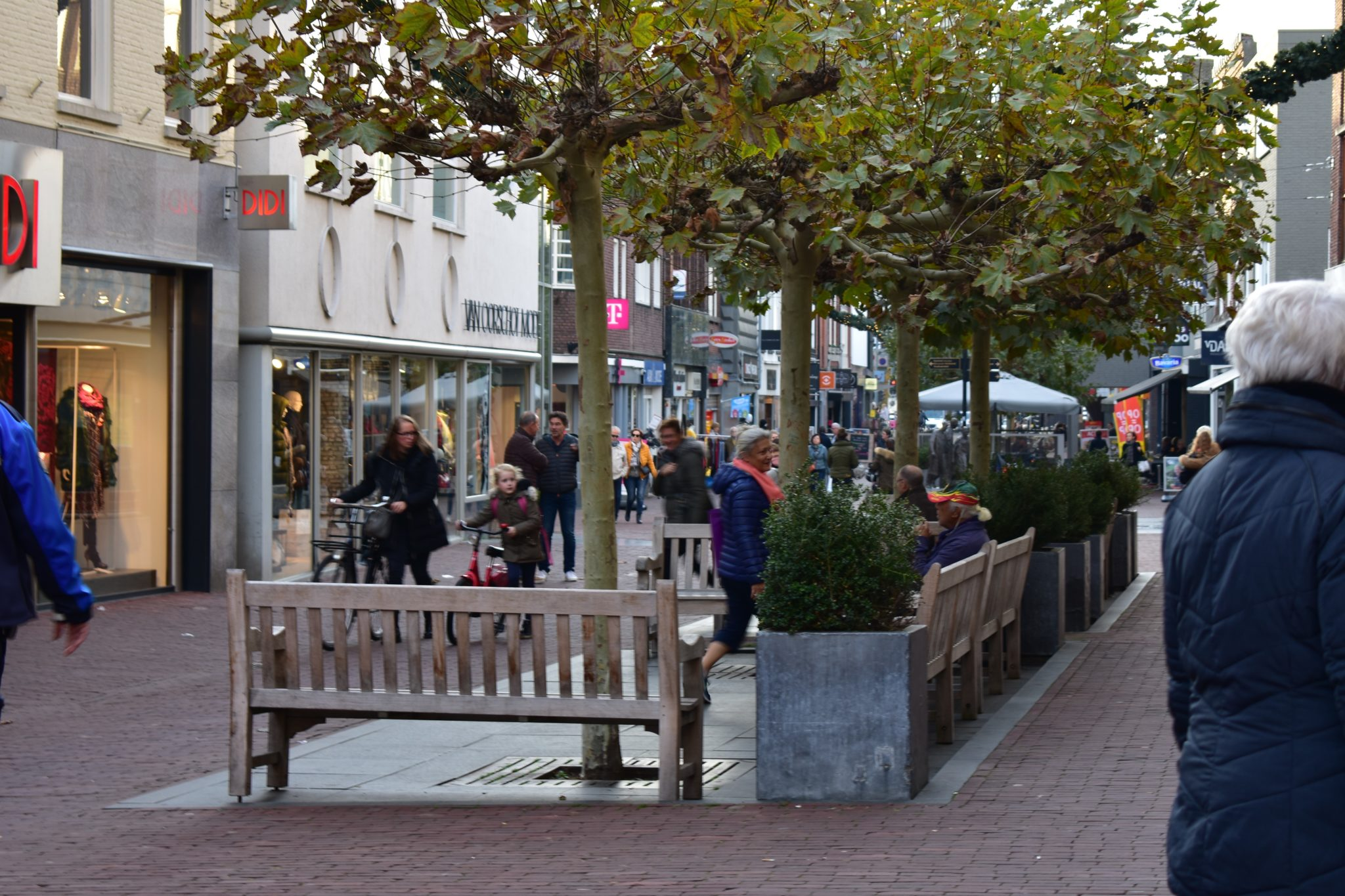 Winkelen aanbiedingen Veestraat Helmond