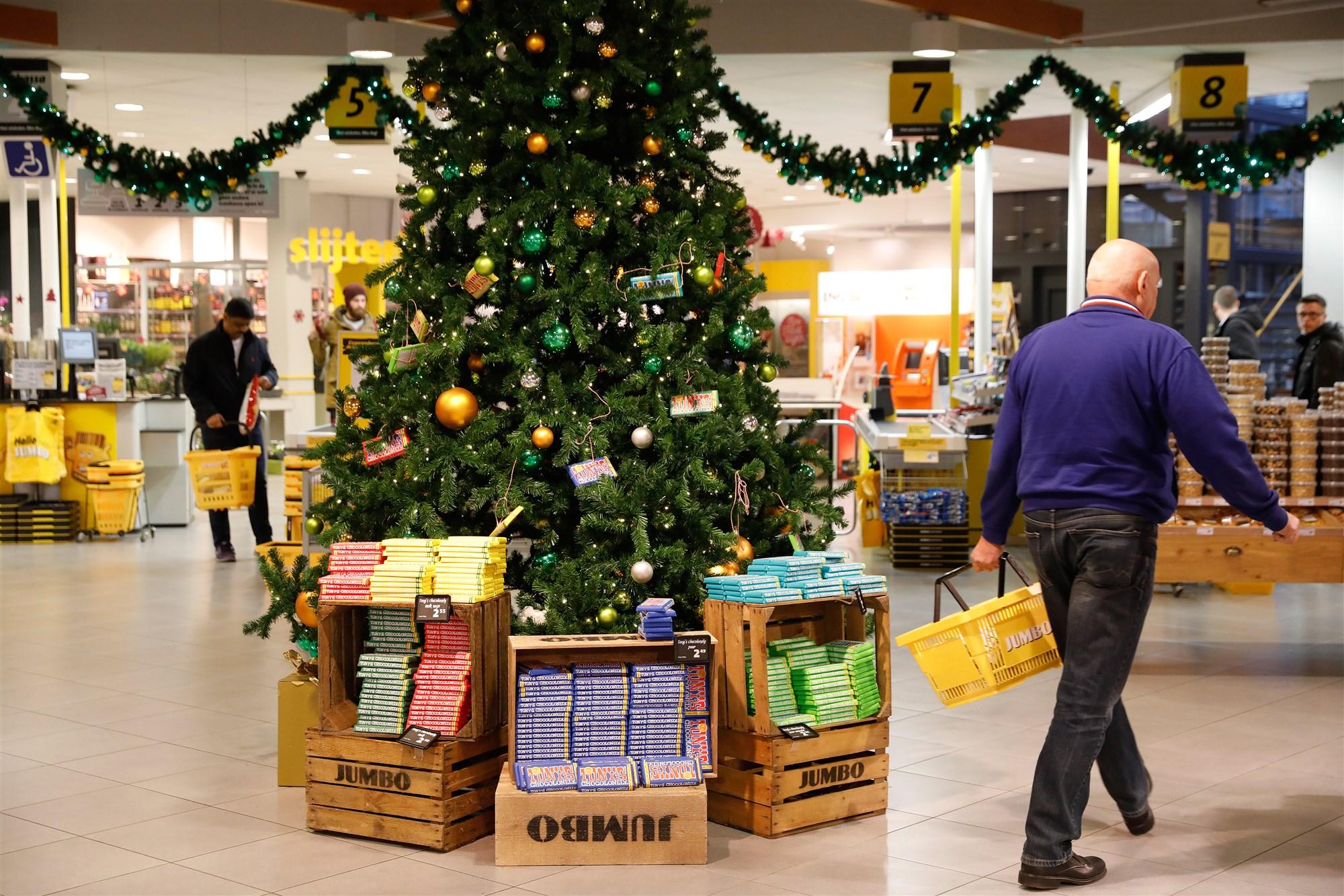 winkels open met kerst 2020 Goed om te weten: deze supermarkten zijn open met kerst in Helmond