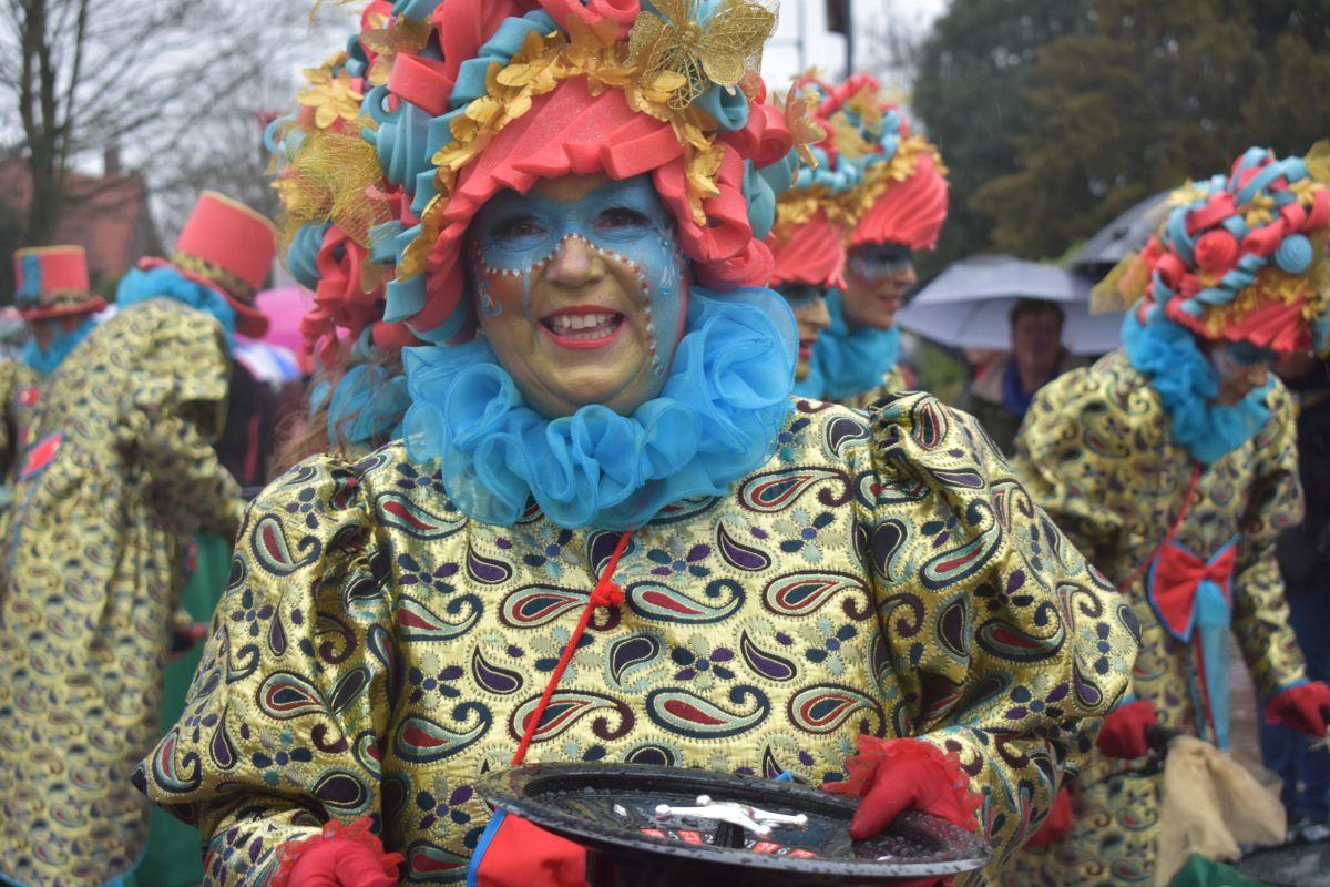 Gespot carnavalsoptocht Helmond 2019 006