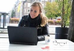 Alice vacatures indebuurt Den Haag laptop (1)
