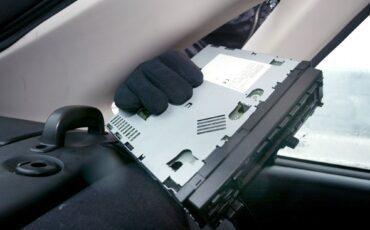 ANP-301049795 auto-inbraken Helmond